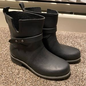 Cougar Rain Boots